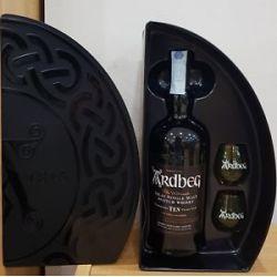 Ardbeg - Scotch Whisky Islay Single Malt Guaranteed Ten Years Old Special Pack+ 2 Bicchieri Ml. 700 Divine Golosità Toscane